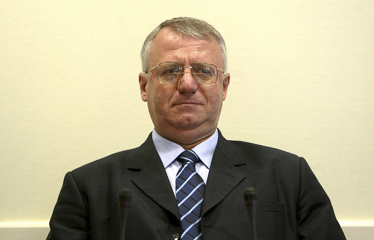 United Nations appeal judges quash radical Serb Seselj's acquittal
