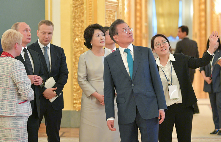 South Korean President Moon Jae-in and his wife