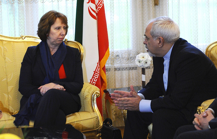 Iranian Foreign Minister Mohammed Javad Zarif and EU High Representative for Foreign Affairs Catherine Ashton