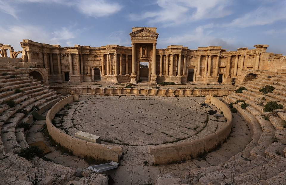 A view of the Roman Theatre in the ancient city of Palmyra, March 27, 2016 Valery Sharifulin/TASS